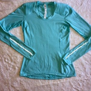 Lululemon Long Sleeve Shirt with reflective ruffle